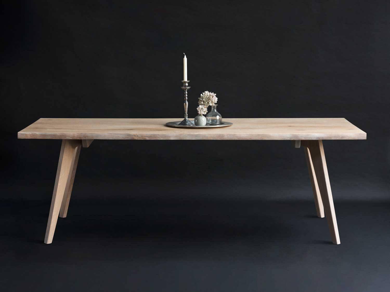 Plankebord med j egeben