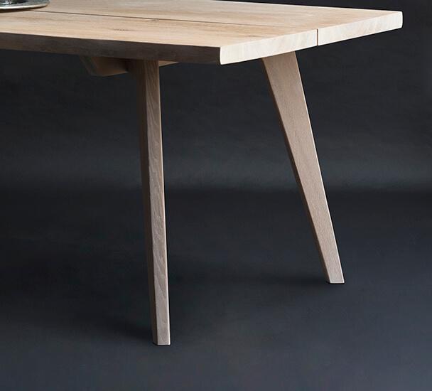 plankebord med træben